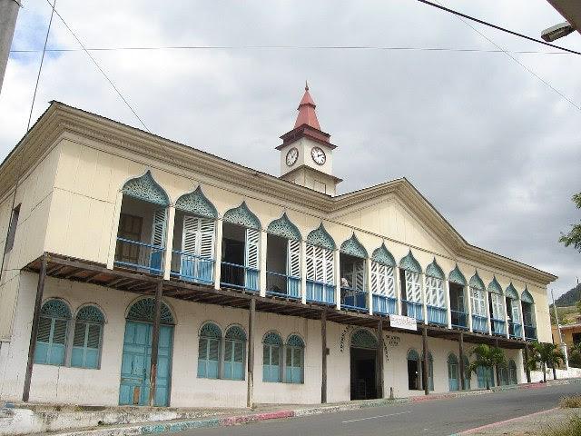 Montecristi Ecuador - EcuadorianHands