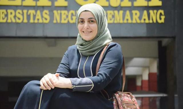 Perdalam Al Qur'an Dan Bahasa Arab, Wanita Asal Turki Ini Justru Pilih Kampus Yang Ada Di Indonesia