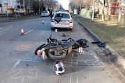 Rendőrautónak ütközött egy motoros Békéscsabán