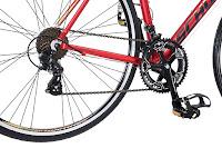 700c Road Tires, toe cage pedals, on Schwinn Volare 1400 Road Bike