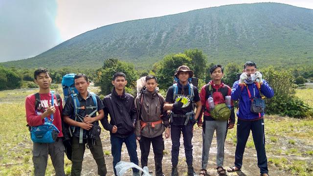 Gunung Kerinci Atap Sumatera Selatan