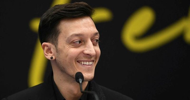Transfer dönemine Mesut Özil damga vurdu