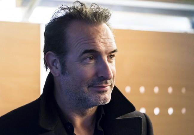 People : Jean Dujardin va incarner Nicolas Sarkozy au cinéma