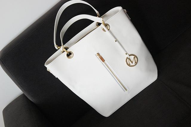 e9c549e5dbd00 New in - biała torebka na sezon wiosenno-letni - Life by MARCELKA ...