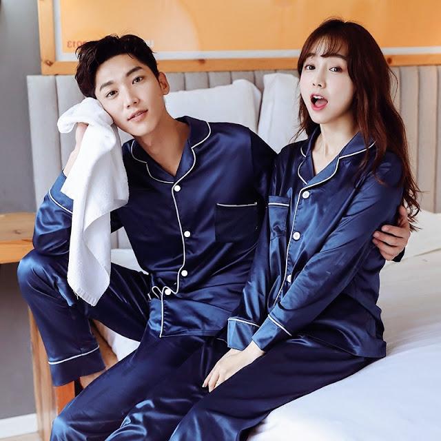 Pyjamas couple