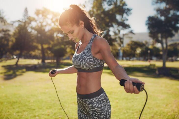 fitness-vježbanje-kilogrami-mršavljenje-zdravlje