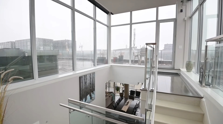 35 Interior Design Photos vs. 478 King St W Ph02, Toronto, ON Luxury Penthouse Tour