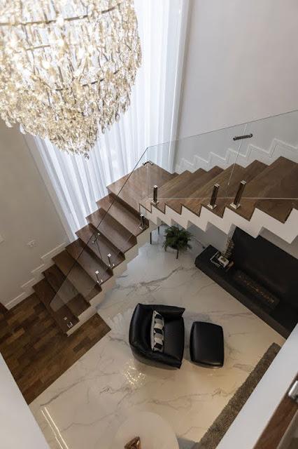 escada-guarda-corpo-vidro
