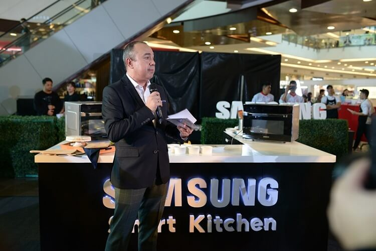 Samsung Launches Smart Oven
