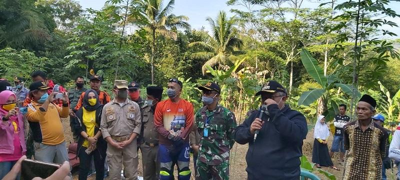 Bareng Komonitas Yon Armed 13 , Yon 310 , Bupati Sukabumi Bangun Rumah Jompo Tuna Netra