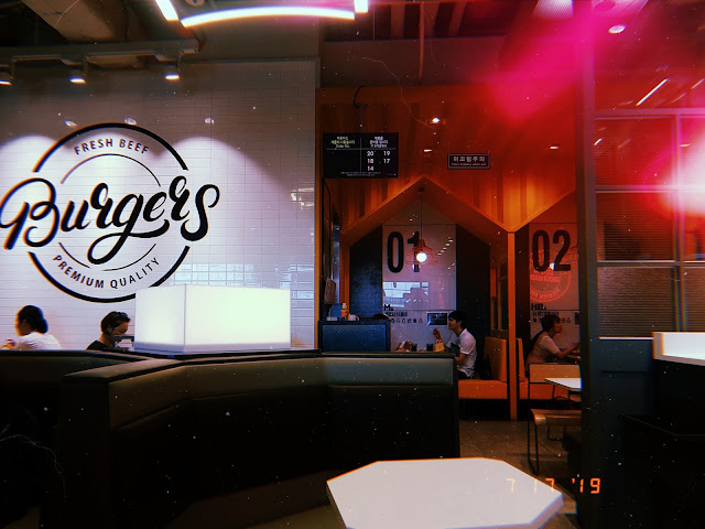 Burger Lab by Lotteria