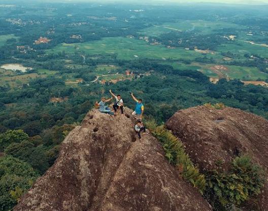 Tempat Wisata Gunung Munara Bogor