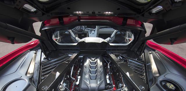 シボレー コルベット スティングレイ 新型 ミッドシップエンジン