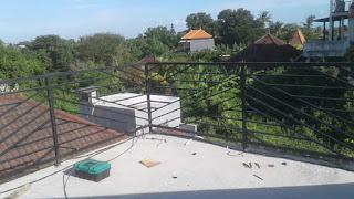 railling balkon minimalis diagonal