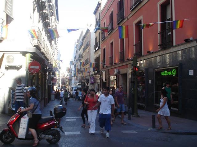 Visita guiada 'Chueca: historia, ocio y mucho más'. Fiestas del orgullo Gay 2011
