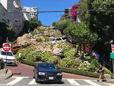 Roadtrip USA - on the road again - California - San Francisco Lombard street
