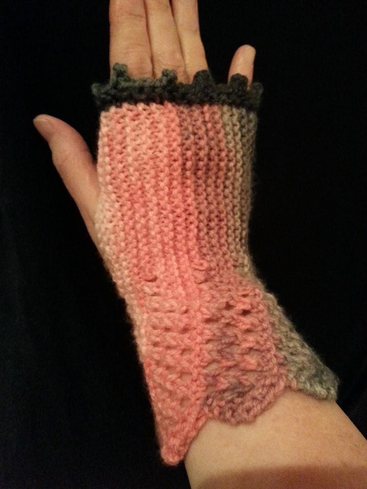 How To Increase The Number Of Stitches When Knitting : The Knitting Chair: Game of Thrones Hand Warmers
