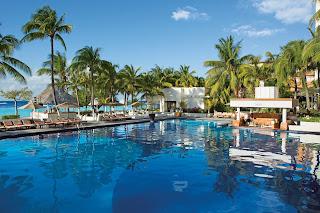 food Dreams Sands Cancun Honeymoon