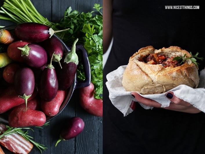 Herbstlicher Gemüse Eintopf im Brot Rezept