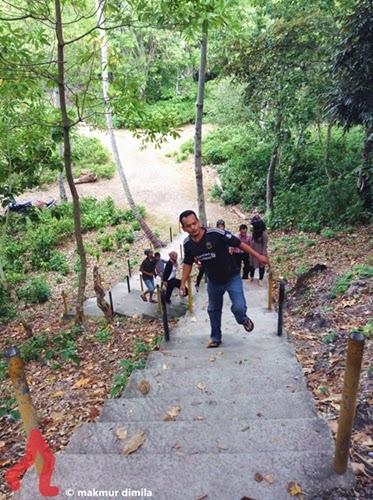 tangga-benteng-anoi-itam