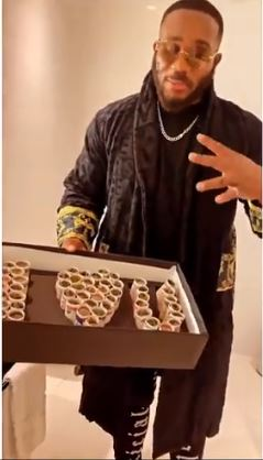 Fans of Gifts Kiddwaya Money (Video)