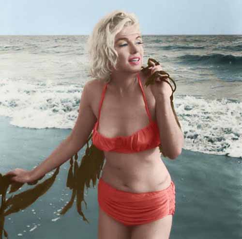 Marilyn Monroe Models Swimsuits And Adds Sizzle To Summer Glamamor