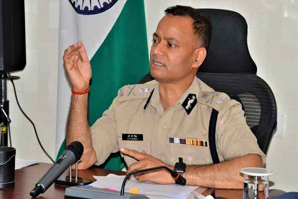 faridabad-cp-appeal-public-to-follow-traffic-rule-news