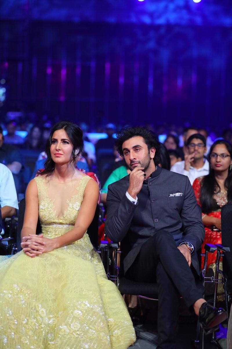 Jagga Jasoos Stars Ranbir Kapoor and Katrina Kaif Spotted at SIIMA 2017