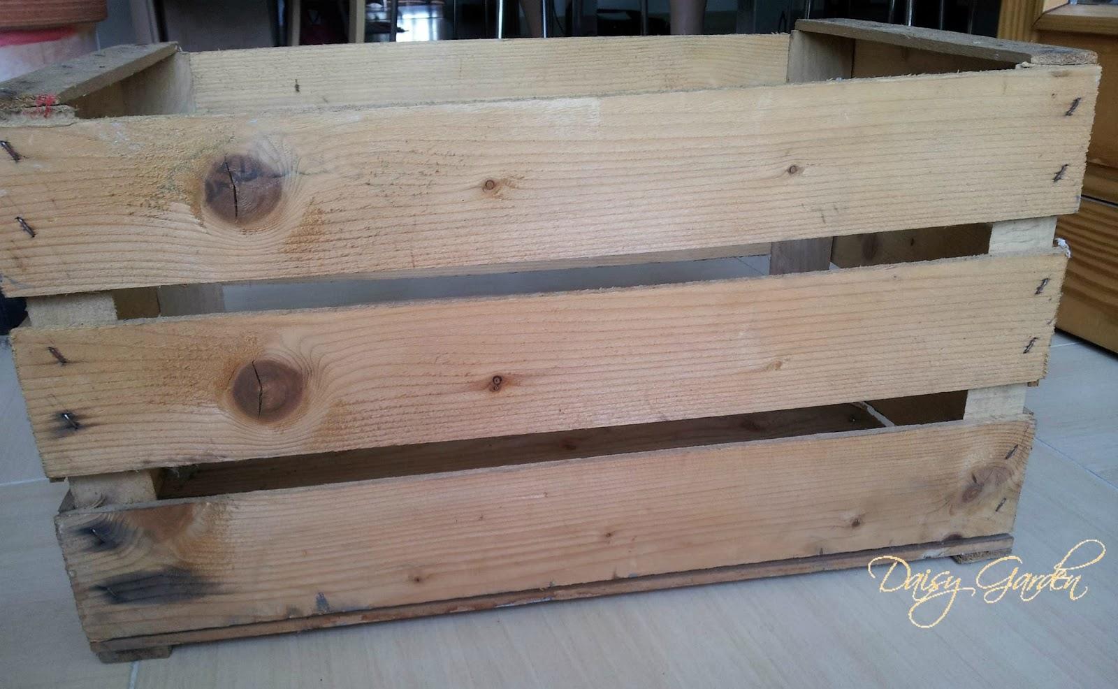 Estremamente Daisy Garden: DIY Cassetta di legno della frutta shabby chic e  AL95