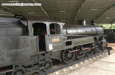 koleksi kereta di museum transportasi tmii
