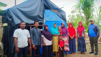 Janda Miskin di Aceh Utara Tinggal di Terpal Plastik Bersama Empat Anaknya