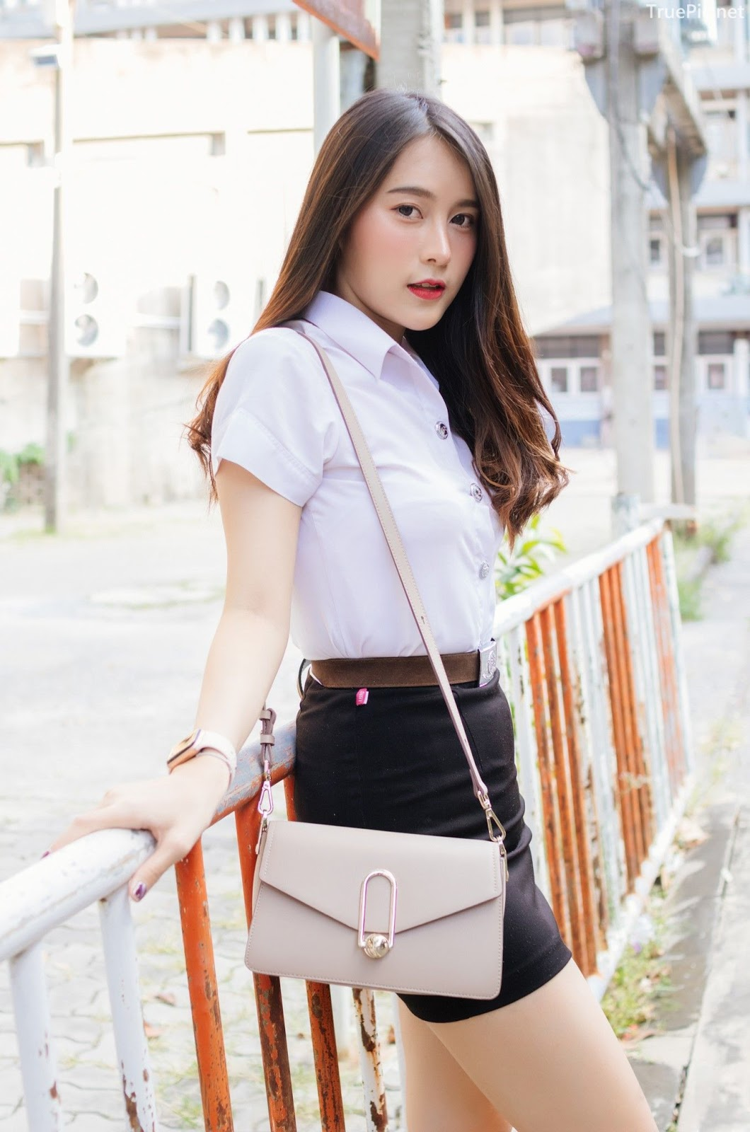 Thailand young model Lin Lee Hong with photo album Lovely Student - Picture 7