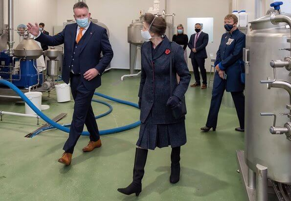 The Princess Royal officially opened the building by unveiling a plaque. navy wool cashmere coat