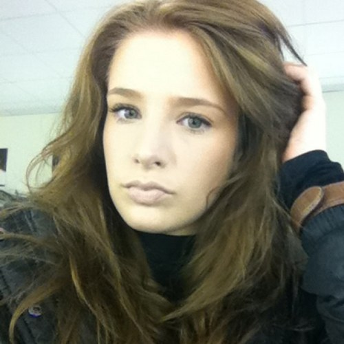 emily-shaw-without-makeup