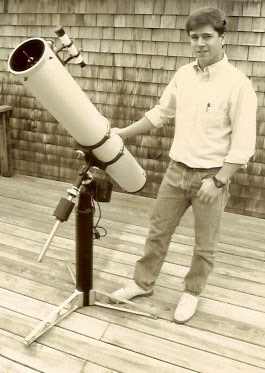 "Image of Mike Petrasko and his 6"" f/8 Newtonian used to spot SN1989b on 02/11/1989"