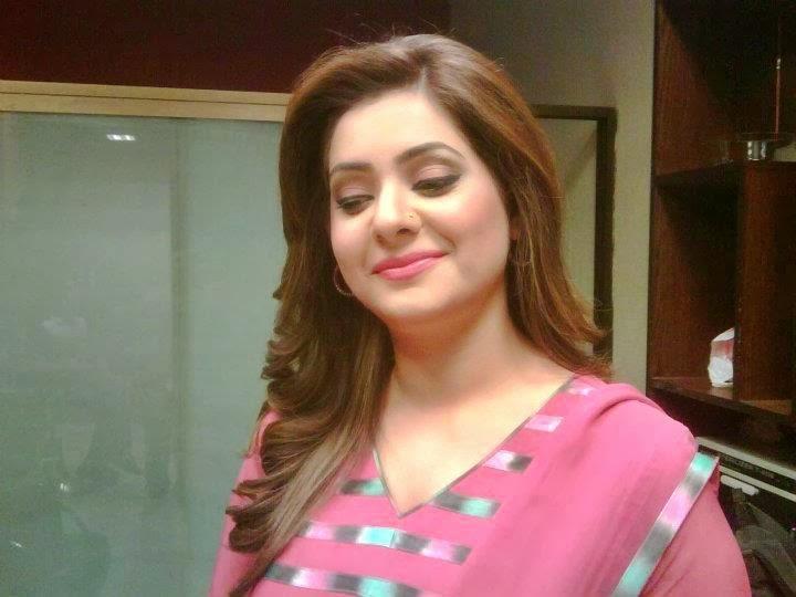 Iqra Shahzad Pakistani news anchor