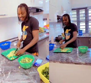 Women And Men Belong In The Kitchen – Naira Marley Says While Showing Off Cooking Skills