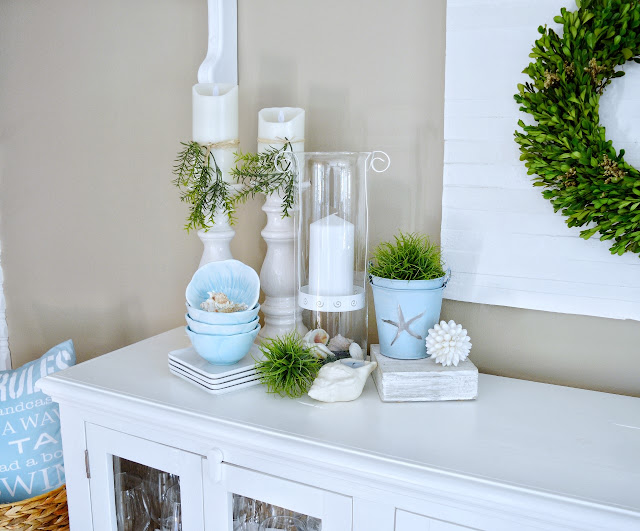 Dining Delight: Summer Beach Decor on the Sideboard