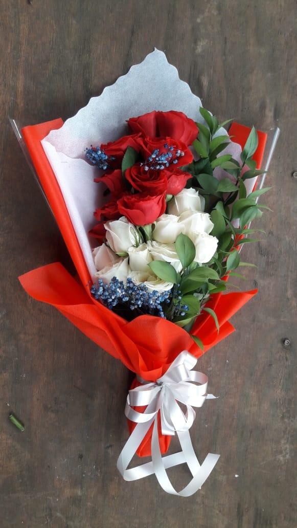 Karangan Bunga Tangan Hand Bouquet 038