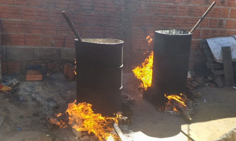 Vigilância Sanitária apreende centenas de litros de mel falsificado em Guanambi