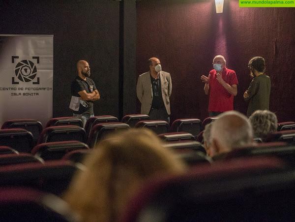 """Los Llanos de Aridane acogió la proyección, en un único pase, del documental """"La maleta mexicana"""" en la tarde-noche de ayer"""