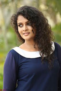 Sonia Deepti Looks Super cute at Chinni Chinni Asalu Nalo Regene Trailer Launc Exclusive ~  23.JPG