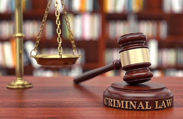 benefits hiring criminal lawyer importance top attorney
