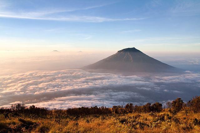 Gunung Sumbing Jawa Tengah