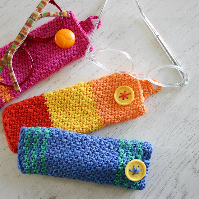 Scheepjes Catona Eyewear Case (free crochet pattern) by Susan Carlson of Felted Button