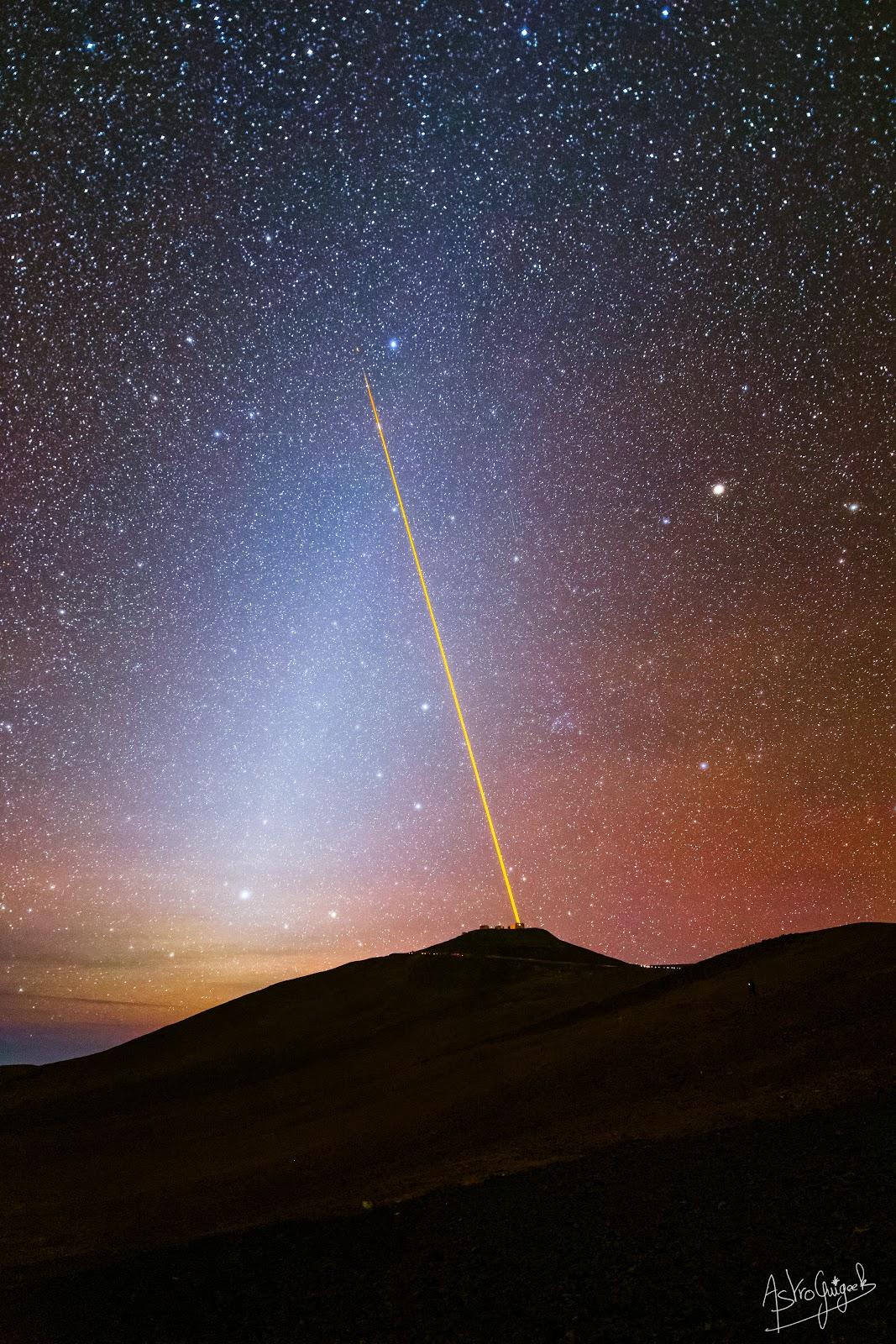 Les Lasers du Very Large Telescope dans le Ciel de l'Atacama