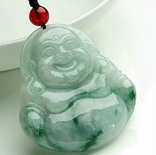 Fine natural Buddha jewelry pendant