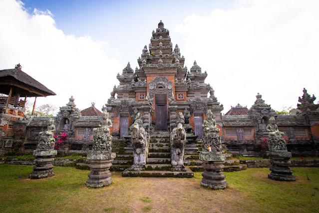 Tempio del villaggio di Batuan-Bali