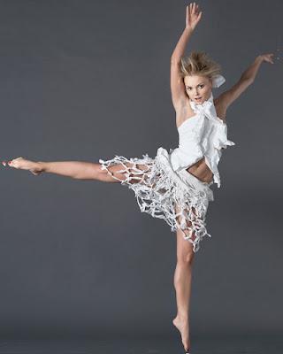 Pose Balet seksi Artis Polandia Izabella Miko