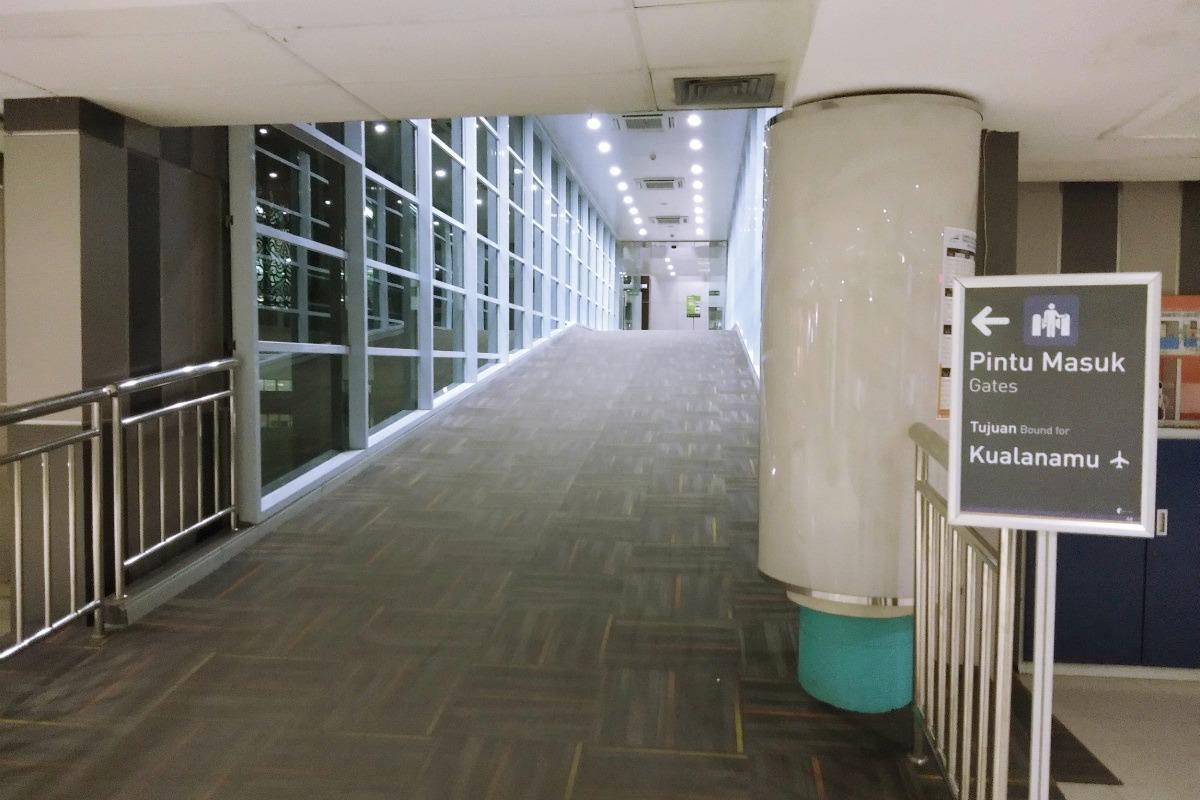 Foto Stasiun Kereta Bandara Medan